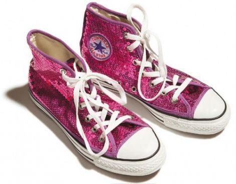 7efa081278 Itt megtalálhattok szinte mindenféle cipőt, van magassarkú,lapostalpú  minden ami csak kellhet egy lánynak! ;) <3 <3